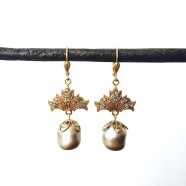 La Vie Parisienne Arabesque Earrings